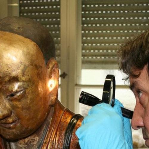 Essa estátua de Buda esconde um segredo assustador!