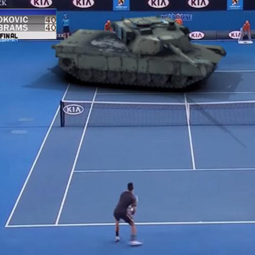 Tenista faz duelo contra um tanque de guerra