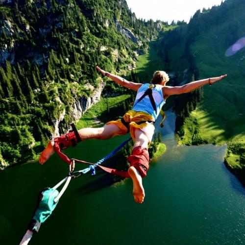 sete lugares para praticar bungee jumping no mundo toa. Black Bedroom Furniture Sets. Home Design Ideas
